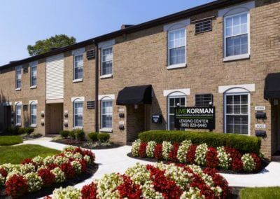 Korman Residential - Willow Shores Leasing Center