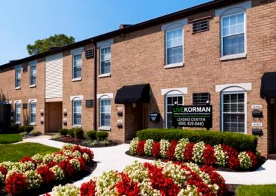 Korman Residential at Wllow Shores leasing office